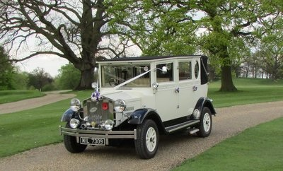 East of England Vintage Dreams Wedding Cars Based in Eight Ash Green between Colchester and Marks Tey North Essex.